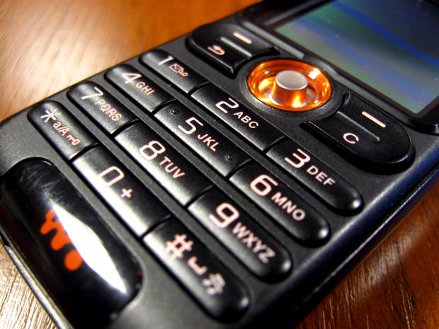 Waived Cell Phone Activation Fees Are Harder To Come By