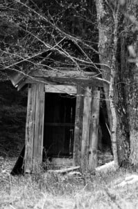 mb-201311outhouse