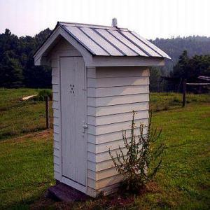 mb-2014-05outhouse