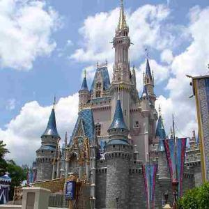 mb-2015-12-wdwcastle